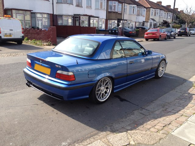 f s bmw e36 hardtop in estoril blue the m3cutters uk. Black Bedroom Furniture Sets. Home Design Ideas
